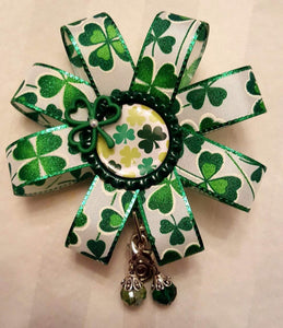 St. Patrick's Day Loopy Flower Badge