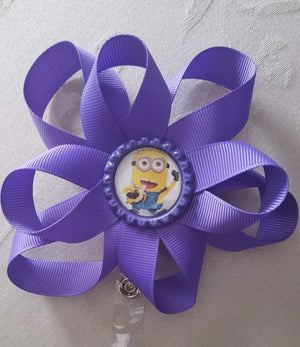Minion Loopy Flower Badge