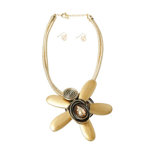 Wooden Flower Necklace Set
