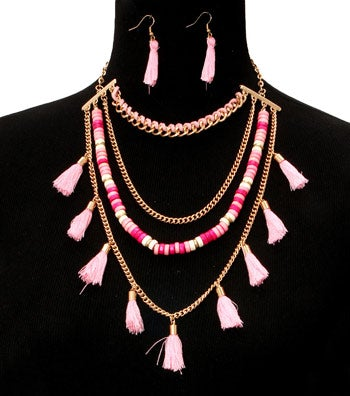 Image of Yarn Tassel Necklace Set