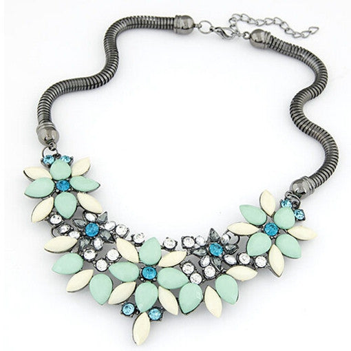 Women's  Retro style Colorful gem rhinestone flower choker