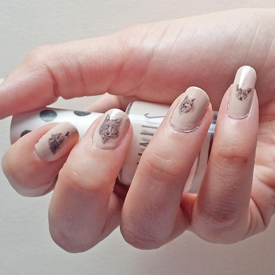 Wolf Nail Decal Set