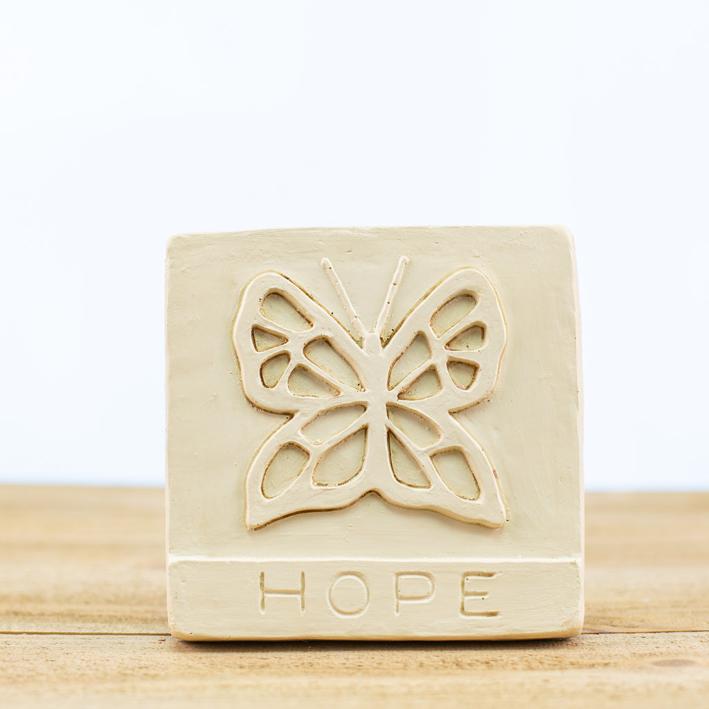 "Decorative Tile with ""Hope"" in White"