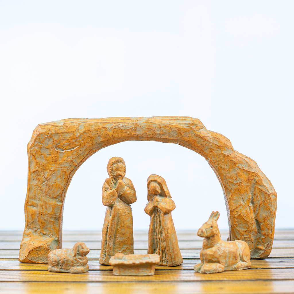 Nativity Scene 6 pieces Green Rust