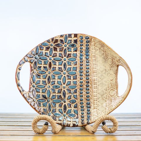 Ceramic Glazed Tray Round with Lace Design