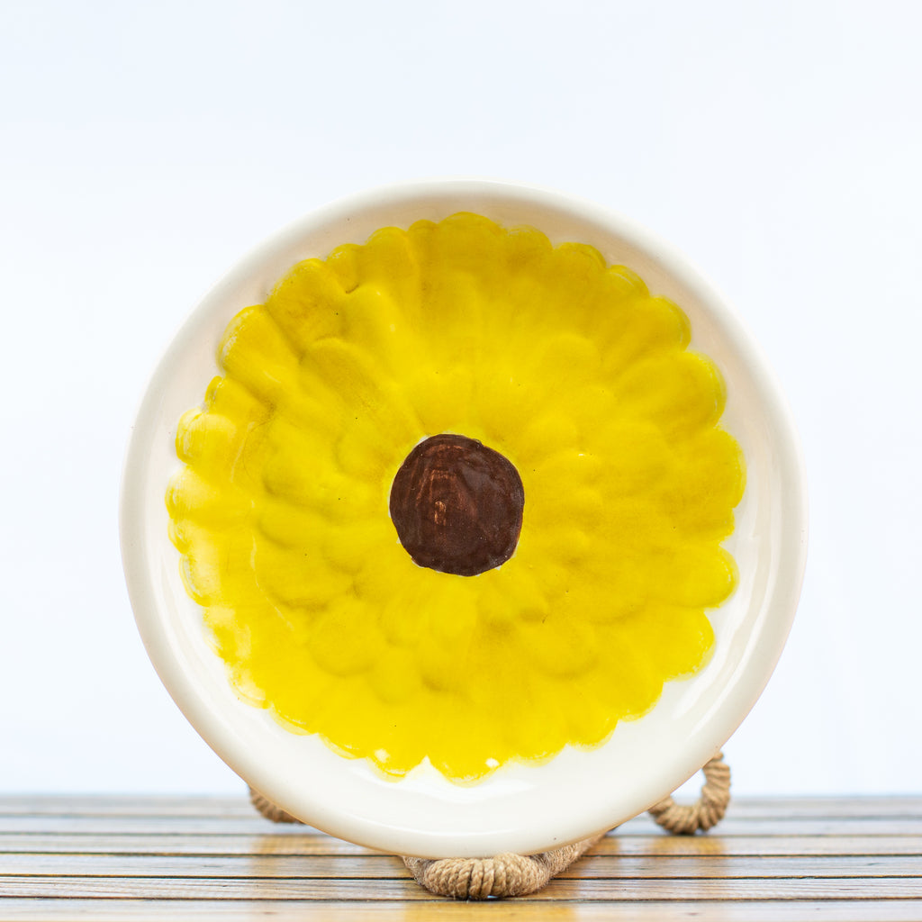 Bowl with Yellow Gerber Daisy Design