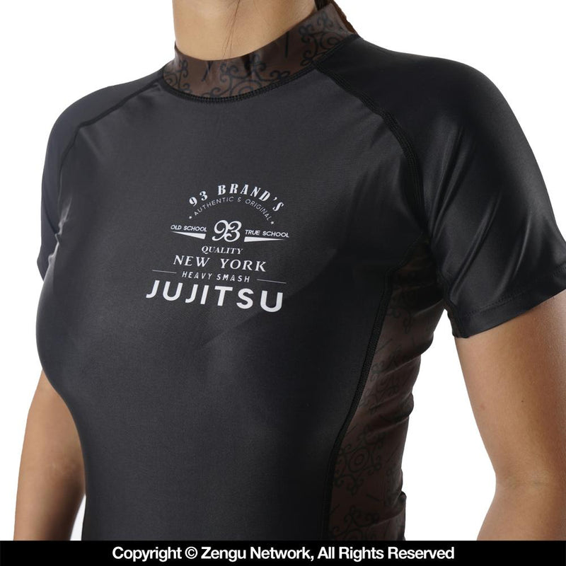 "93brand ""Vintage"" Women's Rash Guard"