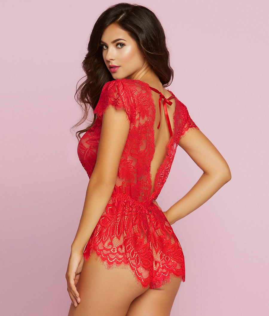 Red||Temptation Lace Wire-Free Romper in Red