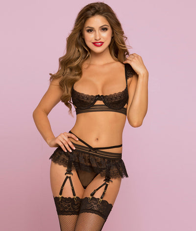 Lace Bra and Garter set in Black