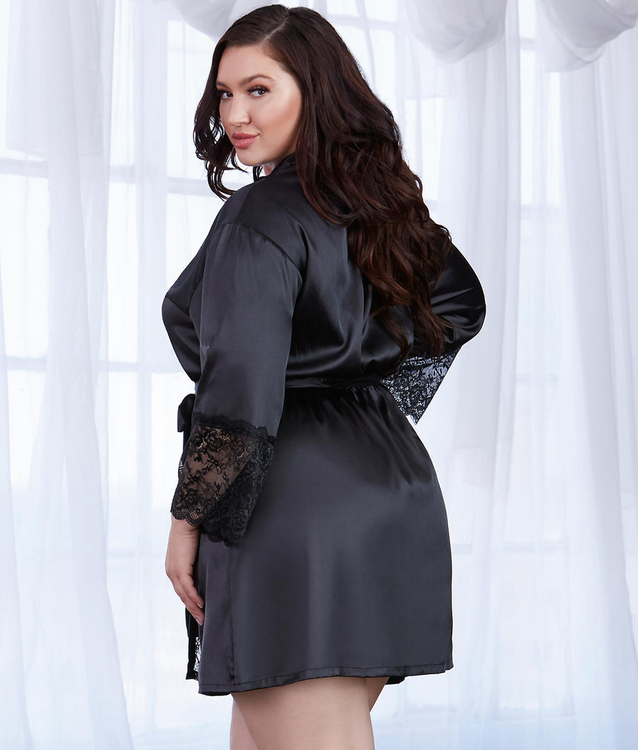 Black||Plus Size Satin And Lace Robe in Black