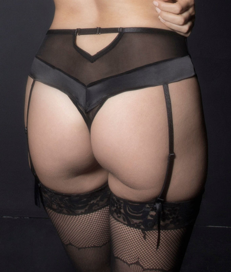 Black||Kaviar Lingerie Louise Dramatic Lace Thong in Black