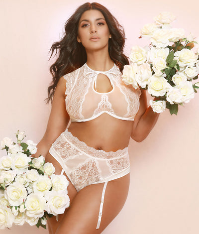 Plus Size Kaviar Lingerie Diane Lace Bra Set in Whisper White