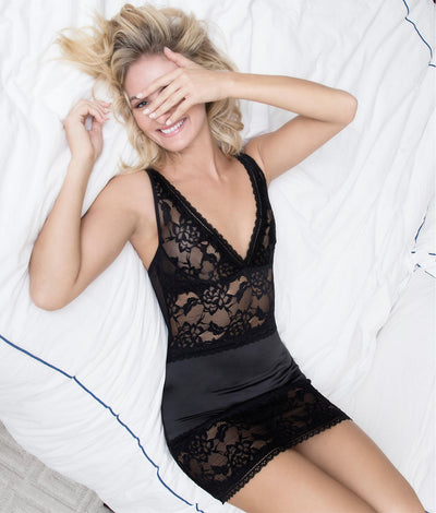 Yvette Lace Chemise Set in Black
