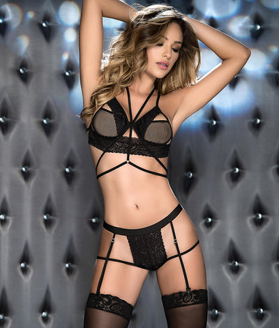 Lace Wireless Bra & Garter Set in Black