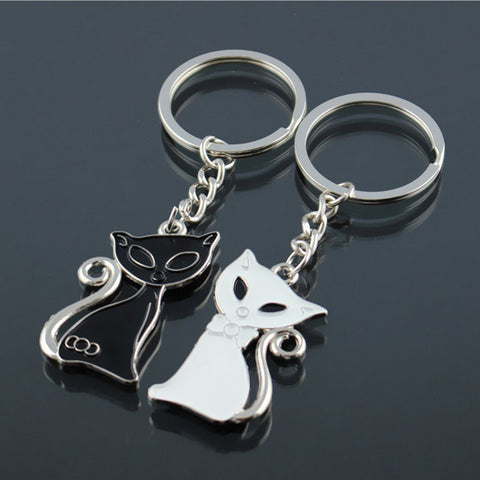 Cute Couple Cat Keychain for Lovers Sliver Plated Alloy Fashion Enamel Jewelry Ring For Key Chain - East Gold