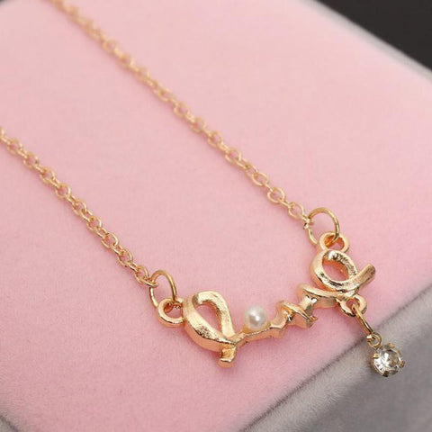 Imitation Pearls, Rhinestones Chic Love Necklace   East Gold