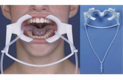 Nola Type Dry Field System - Cheek Retractors
