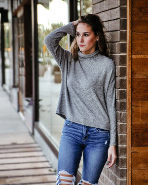 Elise Knit Top in Gray - alma boutique