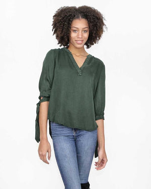 Hunter Green Fall Top with 3/4 sleeves with ties