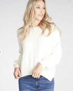 Ivory Fuzzy Sweater - One Size - alma boutique