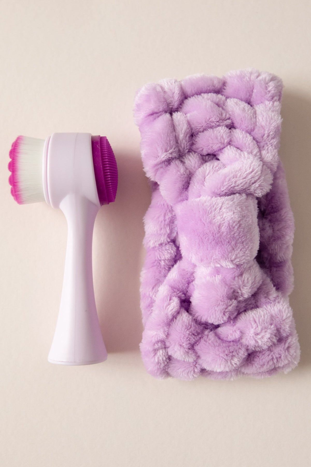 Facial Brush & Headband Set in Purple