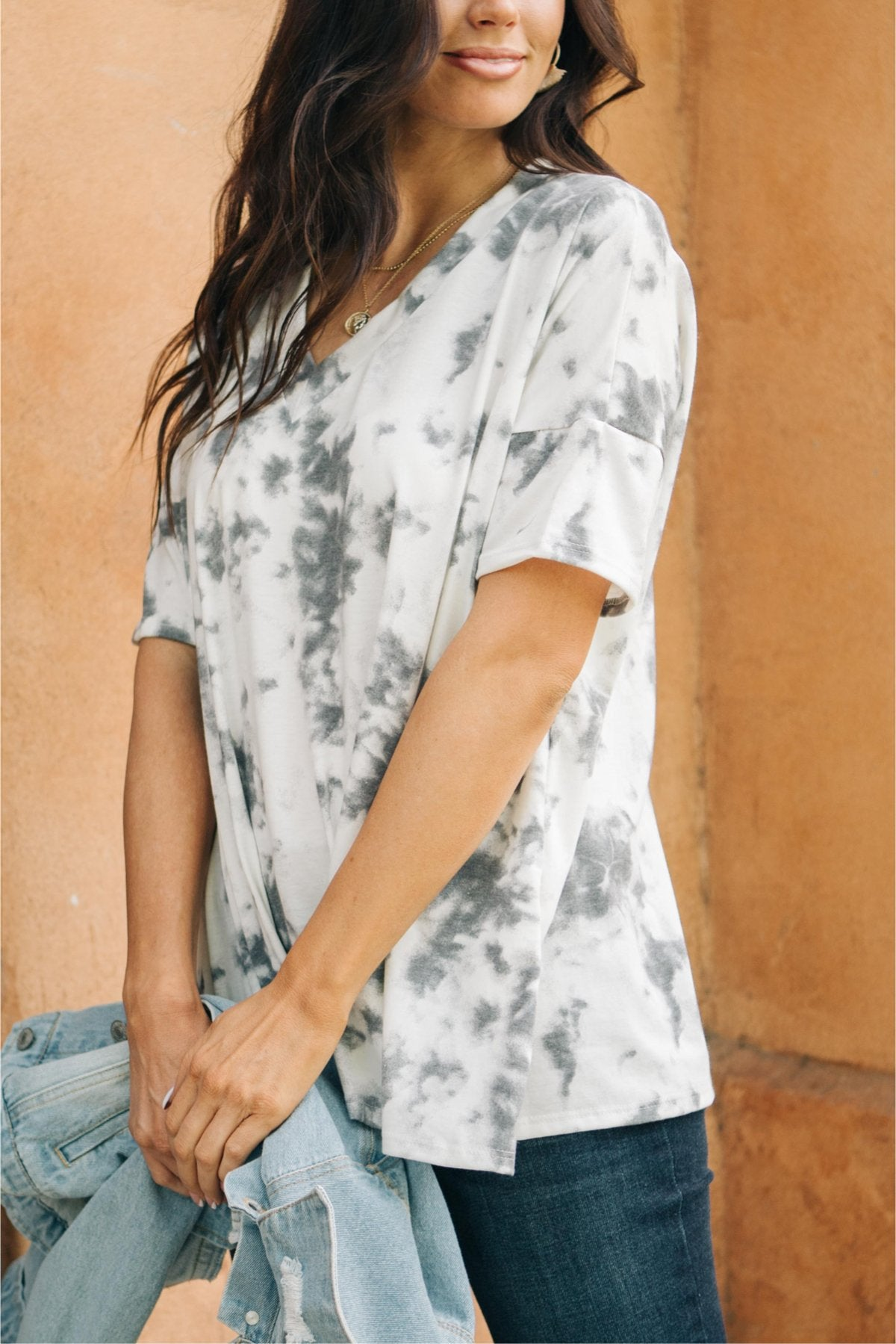 Light gray tie dye top