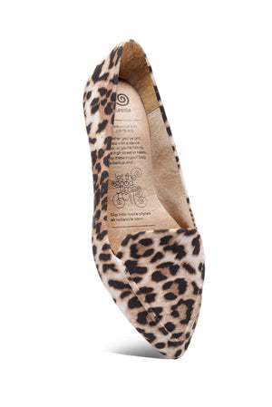 Leopard Into The Wild Flat - alma boutique