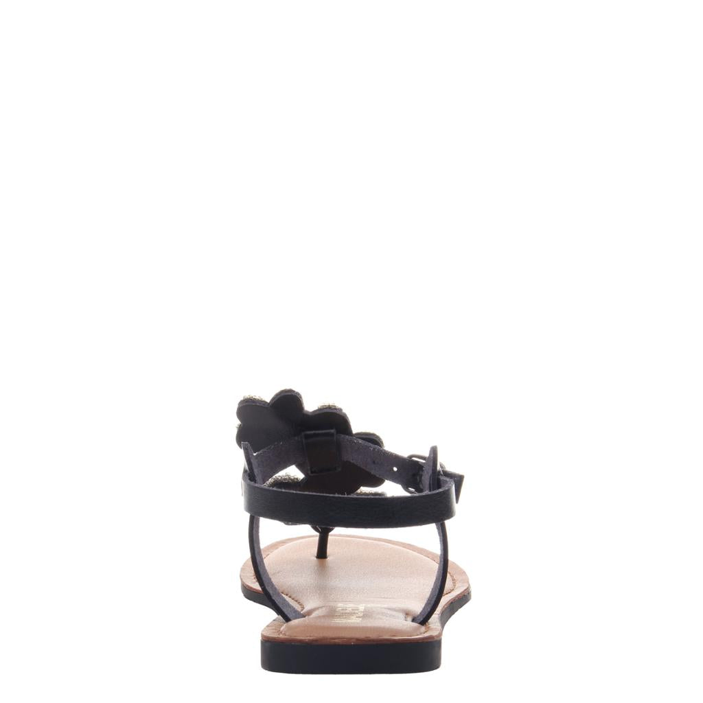 MADELINE GIRL - LUST in BLACK Flat Sandals - alma boutique