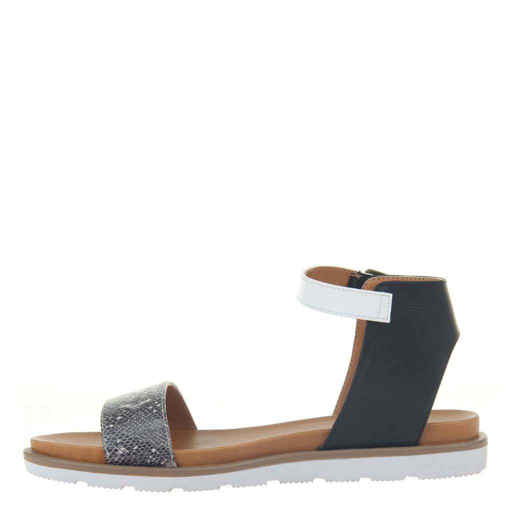 Grey Flat Sandals - alma boutique