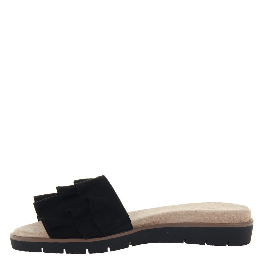 Black Flat Sandals - alma boutique