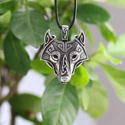 Fenrir Wolf Head Necklace N020c FPS