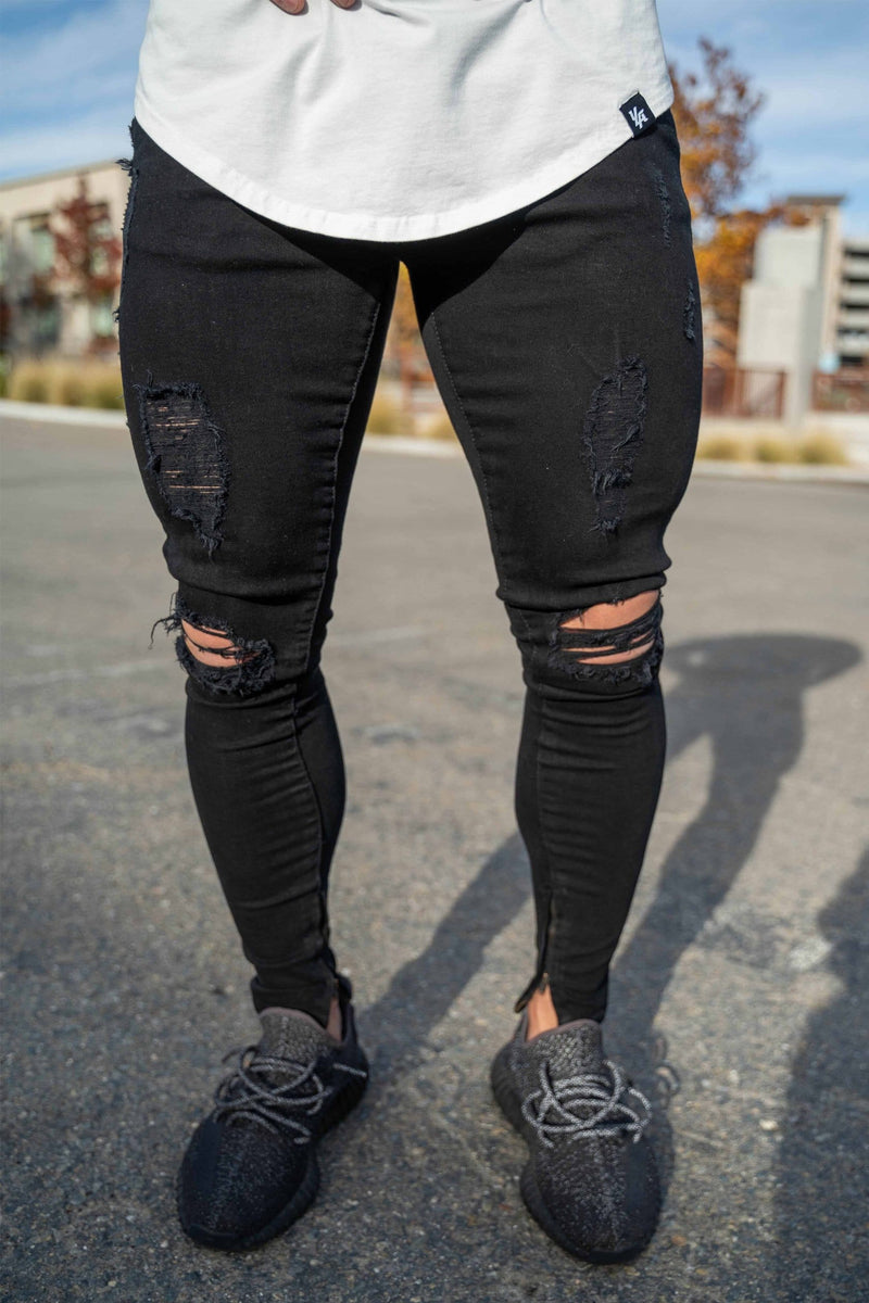 604 EXTRA DISTRESSED DENIM JEANS
