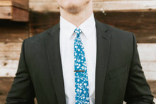 Load image into Gallery viewer, Crater - Light Blue Floral Tie
