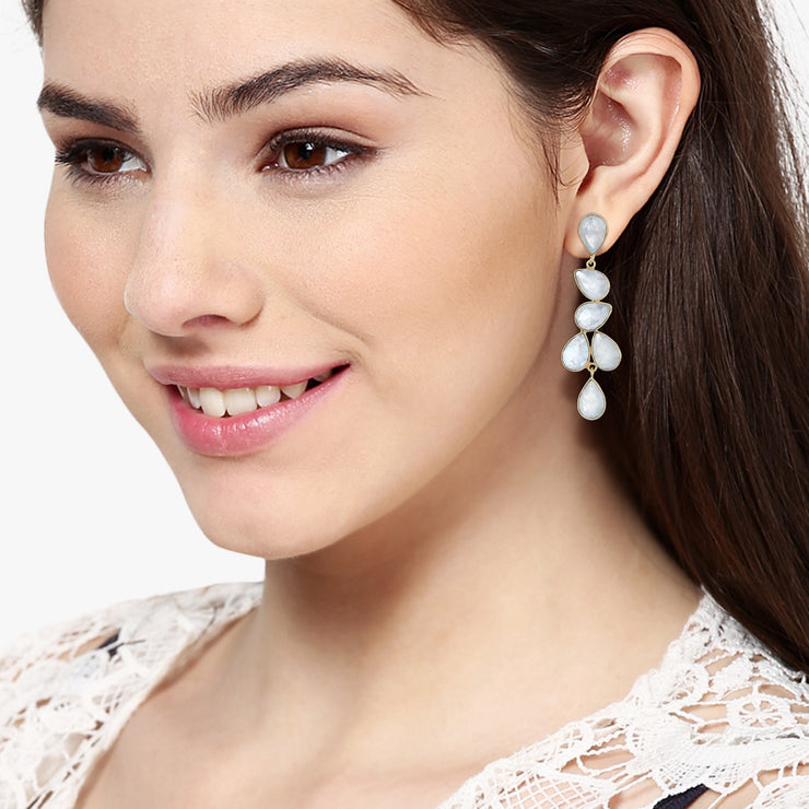 Naya Chandelier earrings - White Moonstone
