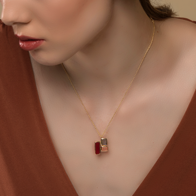 Sunder necklace - red