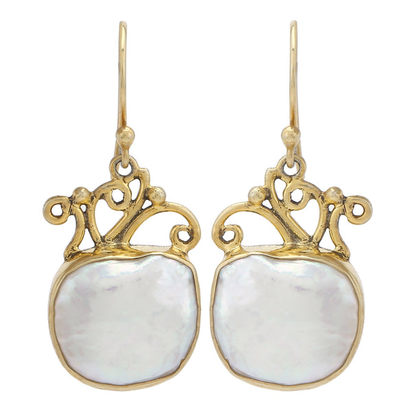 Samundar pearl hook earrings
