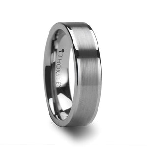 Pipe Cut Tungsten Band with Brushed Center