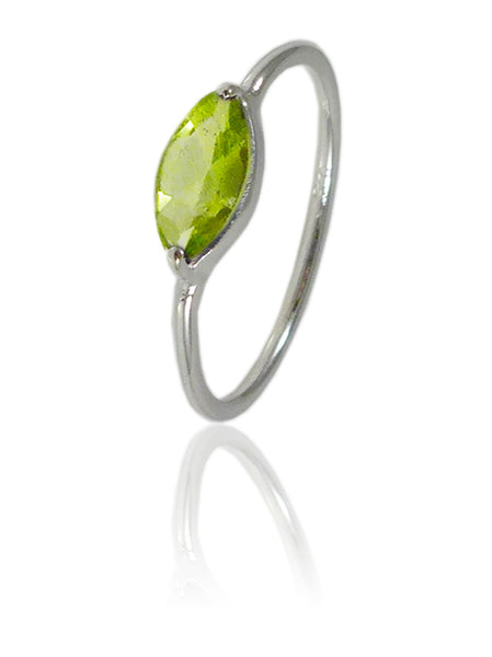 Amazon Stacking Leaf Ring Peridot