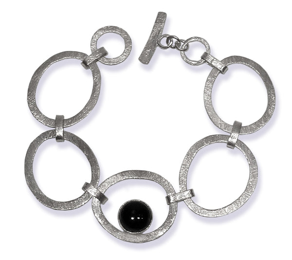 Brushed Open Circle with Stone Bracelet Black Onyx
