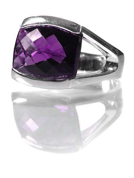 Conquistador Oval Stone Ring Amethyst