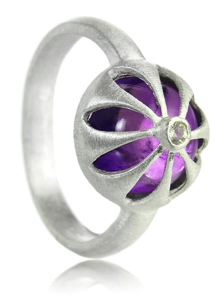 Arabesque Flower Cut Out Ring Amethyst