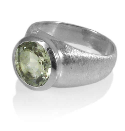 Brushed Aztec Stone Ring Green Amethyst