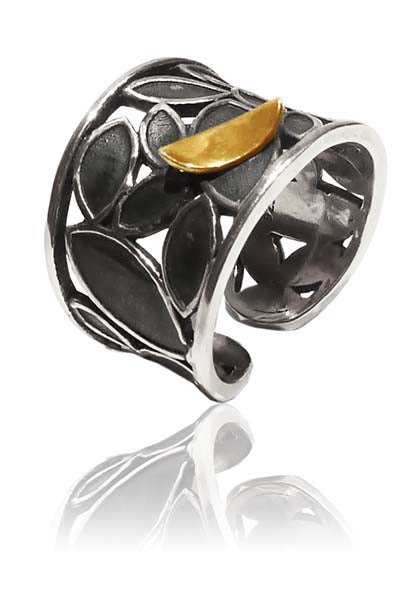 Outstanding Leaf Cuff Ring