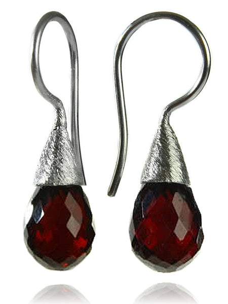 Small Quartz with Brushed Top Earrings Garnet
