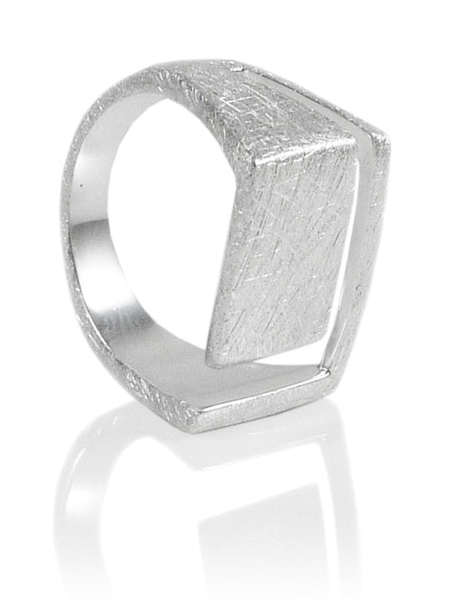 Striped Square Ring Brushed