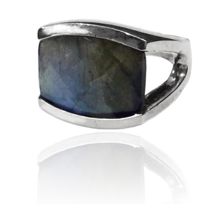 Capri Small Circle Ring Black Rutile Quartz