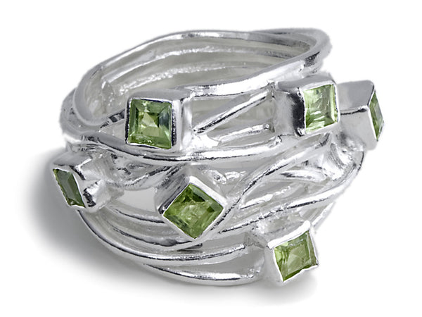 Geometric Stone Set in Wire Twist (Peridot)