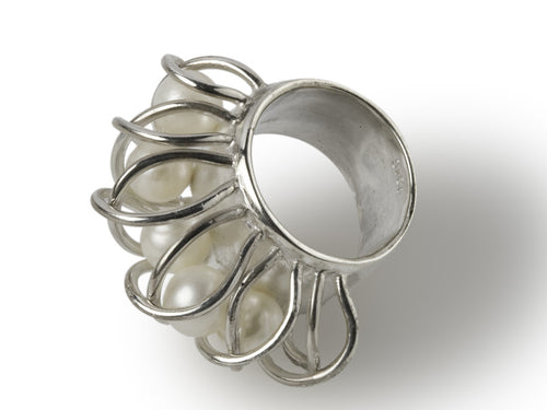Venetian Encased Pearl Ring