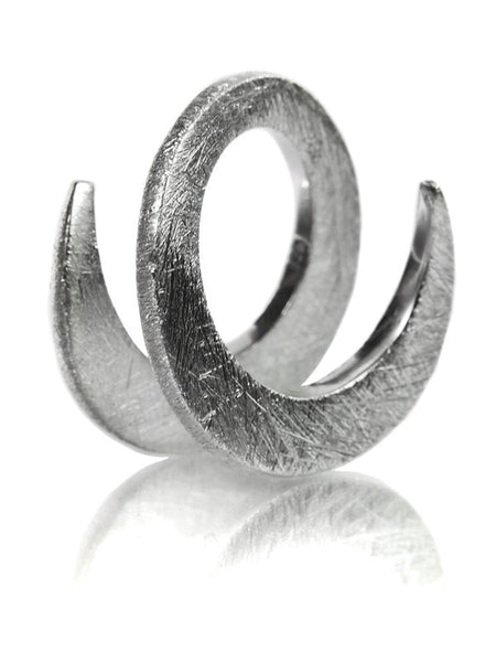 Brushed Bilbao Swirl Ring