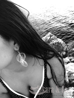 Onze Circulo Step Earrings